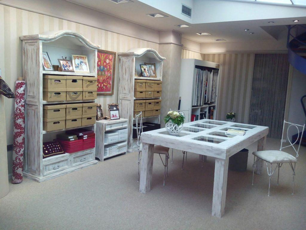 Interior-de-tienda-Paco-Palau-Decoración-y-Artesanía-Textil-en-Burriana